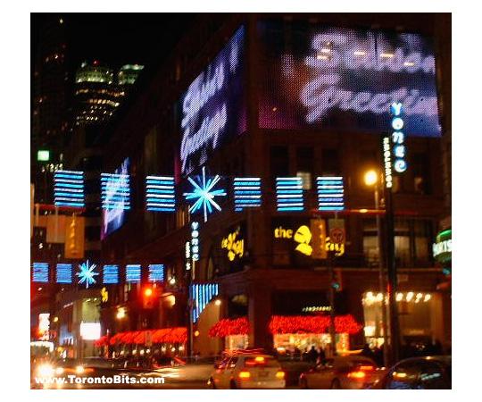 Yonge Street (Downtown): Christmas Lights